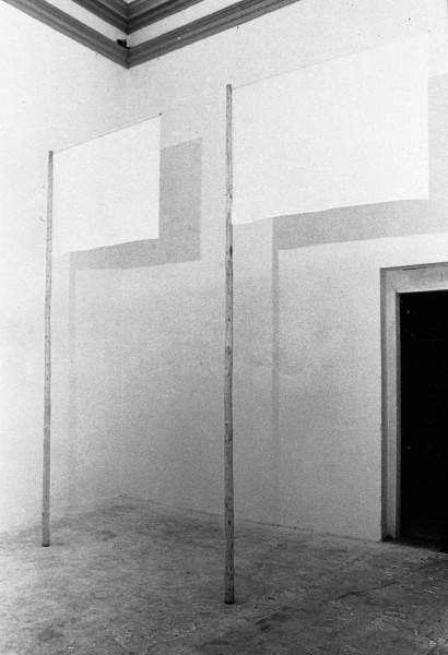 Drei Jetzt Räume 2. Raum 1979  Fichte, Leinen Galleria Pellegrino Bologna